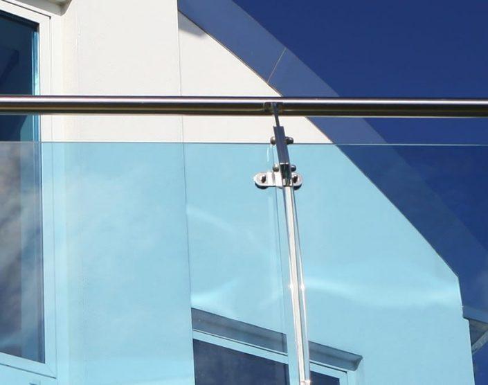 Außenbereich - Geländer aus Glas