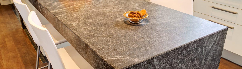 Küche - Esstisch aus Granit